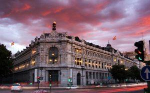 """Criptovalute """"più rischi che benefici"""" secondo Governatore Banca di Spagna"""