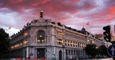 Criptovalute più rischi che benefici secondo Governatore Banca di Spagna
