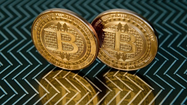 fed bitcoin crollo