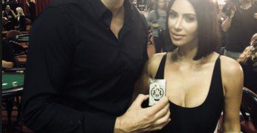 Kim Kardashian con Bitcoin