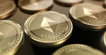 Ethereum (ETH) cerca di salvarsi