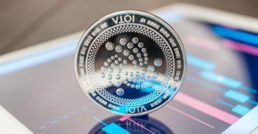 IOTA e Binance Coin al rialzo mentre il Bitcoin supera quota 9 mila