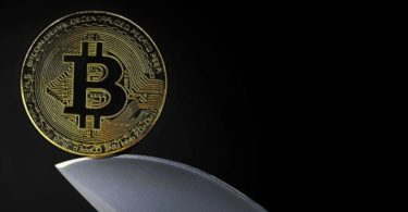Bitcoin rompe un modello chiave