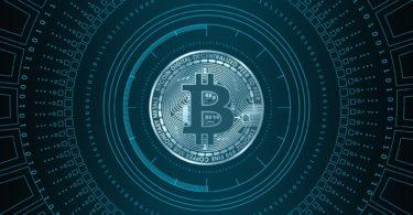 Bitcoin a nuovi massimi mensili