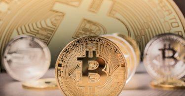 Bitcoin è la criptovaluta più scambiata
